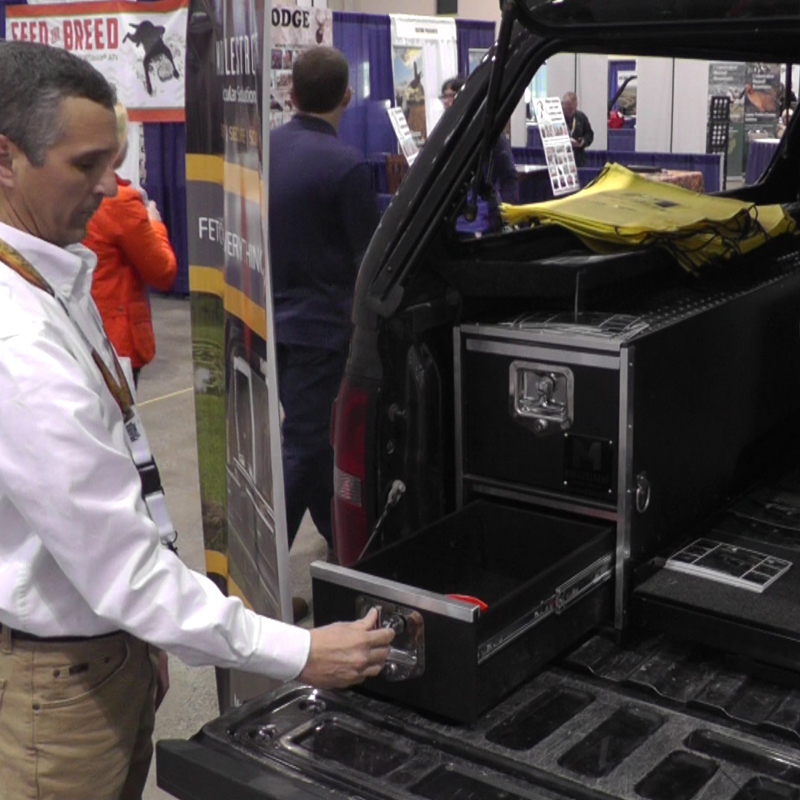 HDP Wheel Well Bed System Package - 1 Storage Drawer